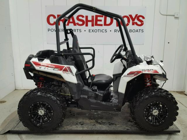 4XADAA571F7141435 - 2015 POLARIS ACE 570 WHITE photo 1