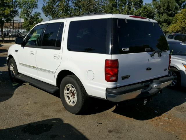 1FMRU1766XLB40876 - 1999 FORD EXPEDITION WHITE photo 3