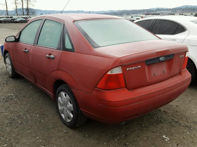 1FAFP34N05W170799 - 2005 FORD FOCUS ZX4 RED photo 3