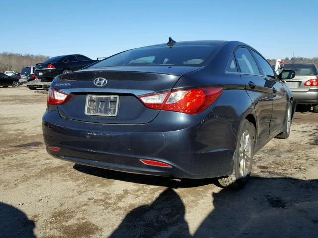 5NPEB4AC5BH267351   2011 HYUNDAI SONATA GLS BLUE Photo 4