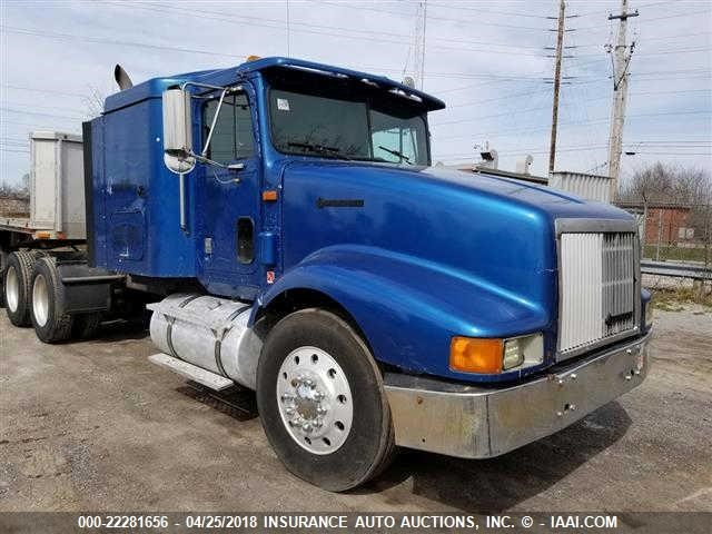 2HSFHASR8TC051027 - 1996 INTERNATIONAL 9400  TRACTOR ONLY  BLUE photo 2