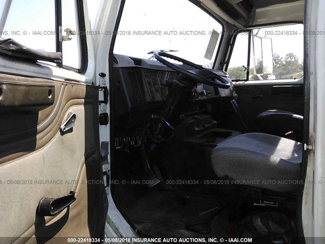 1HSHBAHN8XH607009 - 1999 INTERNATIONAL 8000 8100 WHITE photo 5