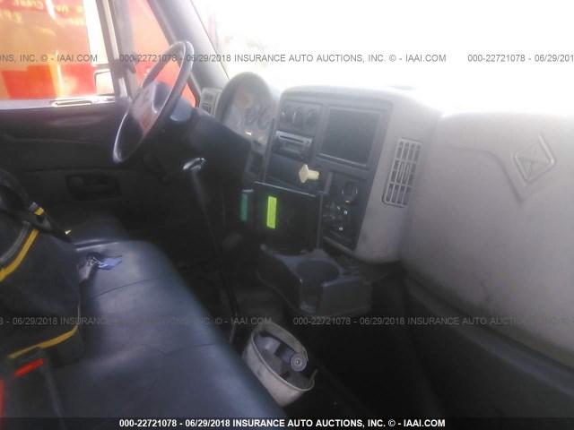 1HTMKAAN8CH089093 - 2012 INTERNATIONAL 4400 4400 WHITE photo 5