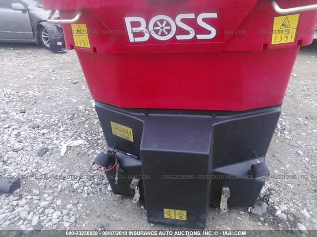 VB15618 - 2016 BOSS VBX9000 SPREADER  RED photo 10