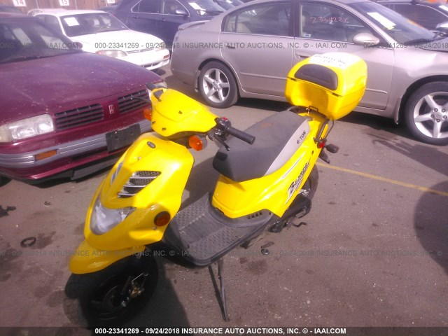 RK15BC0C55A002853 - 2005 ETON SCOOTER  YELLOW photo 2